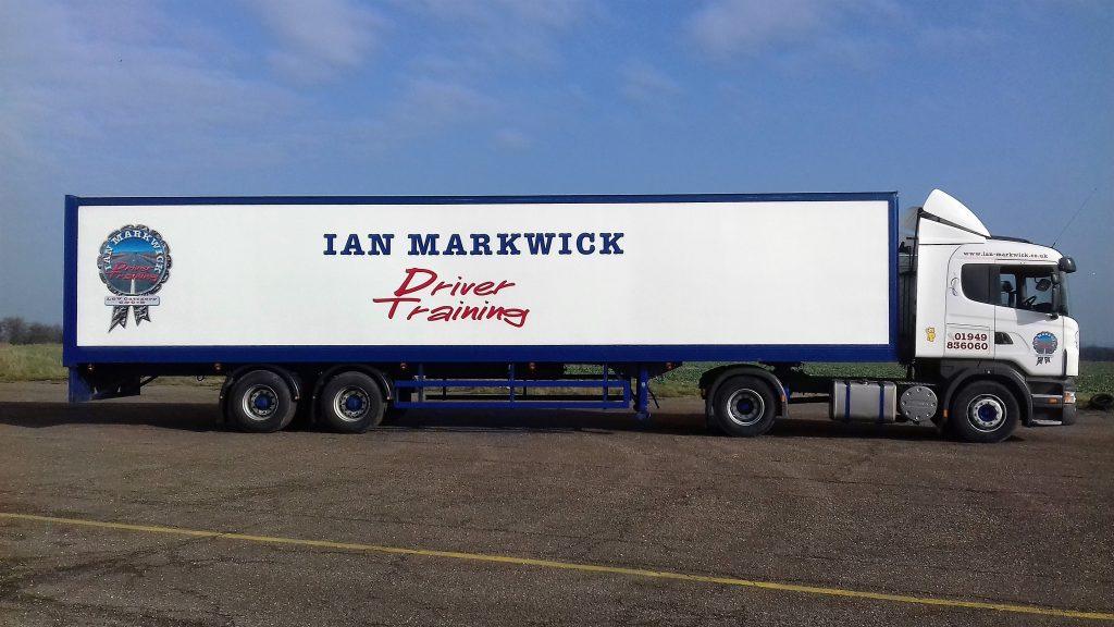 Cat C+E lorry